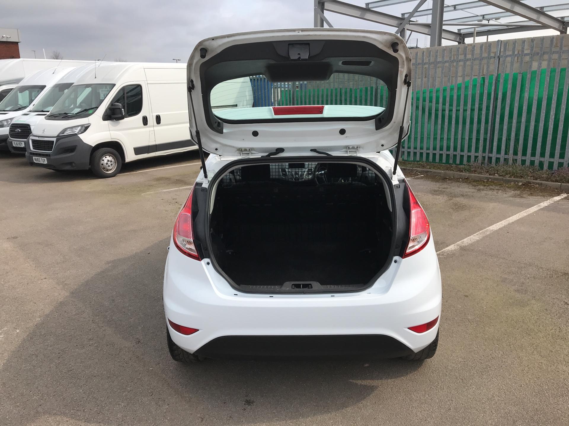 2014 Ford Fiesta 1.5 Tdci Van (NA64LLR) Image 15