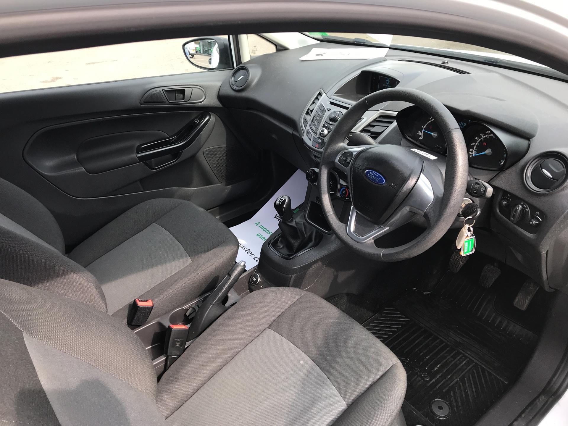 2014 Ford Fiesta 1.5 Tdci Van (NA64LLR) Image 9