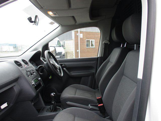 2014 Volkswagen Caddy 1.6 102PS STARTLINE EURO 5 (NA64ZDP) Image 11