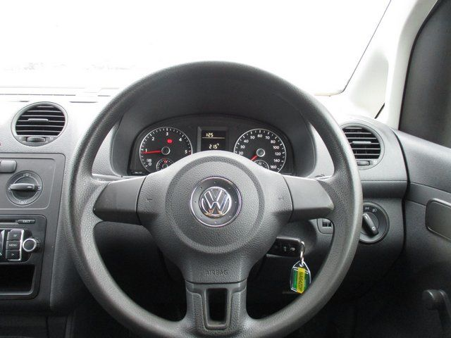 2014 Volkswagen Caddy 1.6 102PS STARTLINE EURO 5 (NA64ZDP) Image 16