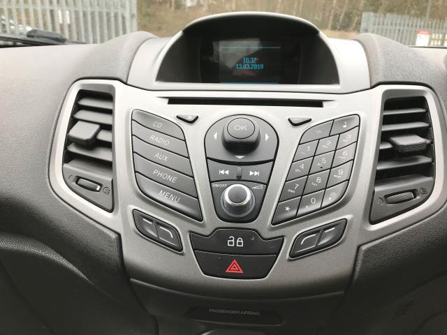 2013 Ford Fiesta  DIESEL 1.5 TDCI VAN EURO 5/6 (ND13MLL) Image 3