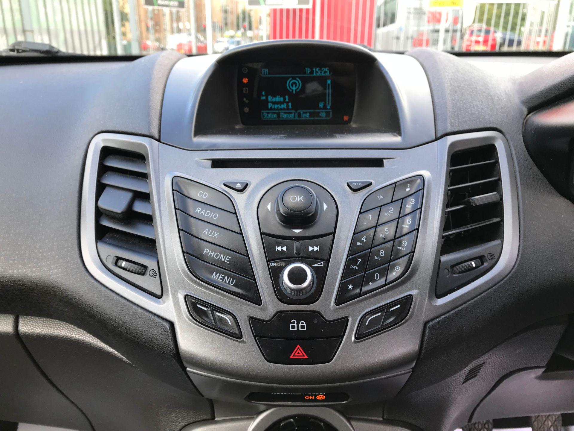 2014 Ford Fiesta DIESEL 1.5 TDCI VAN EURO 5 (ND14EBZ) Image 13