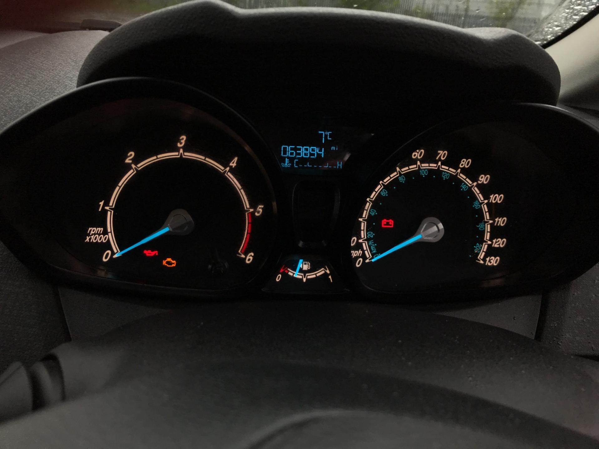 2014 Ford Fiesta 1.5 Tdci Van (ND14HFA) Image 13