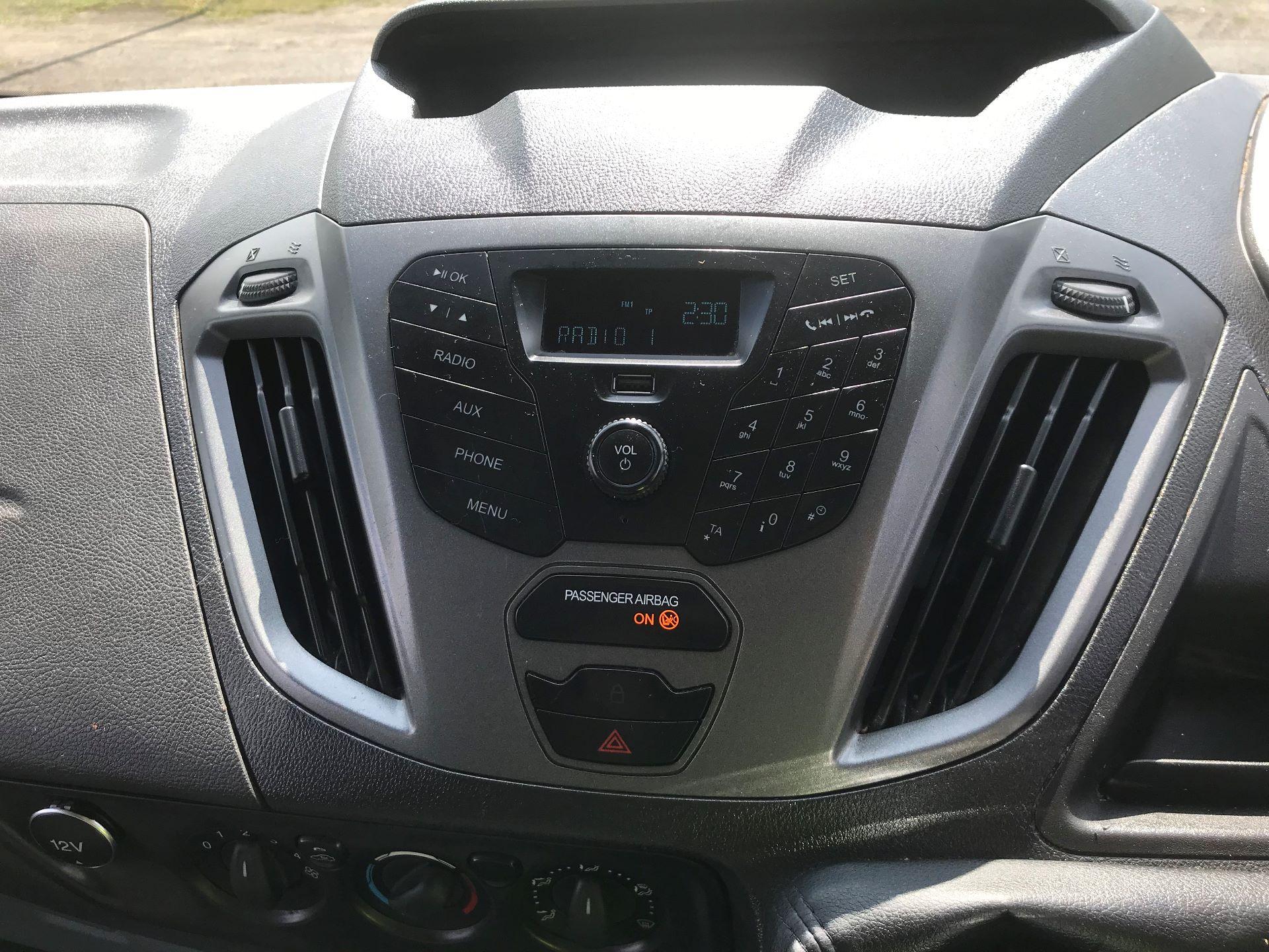 2014 Ford Transit Custom 310  L2 DIESEL FWD 2.2 TDCI 125PS LOW ROOF KOMBI VAN EURO 5 VAT INC (ND14OCH) Image 16