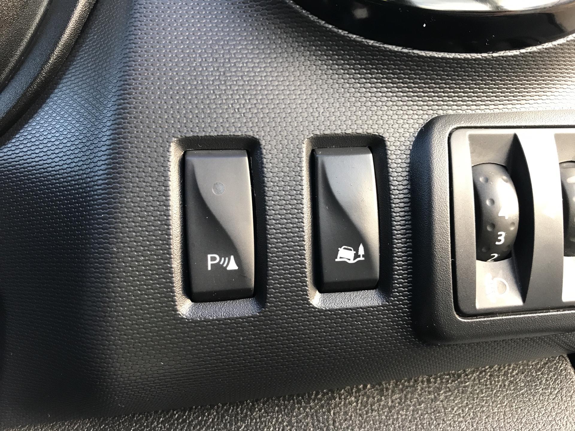 2017 Vauxhall Vivaro L1 H1 2700 1.6 CDTI 120PS SPORTIVE EURO 6 (ND17UNH) Image 18