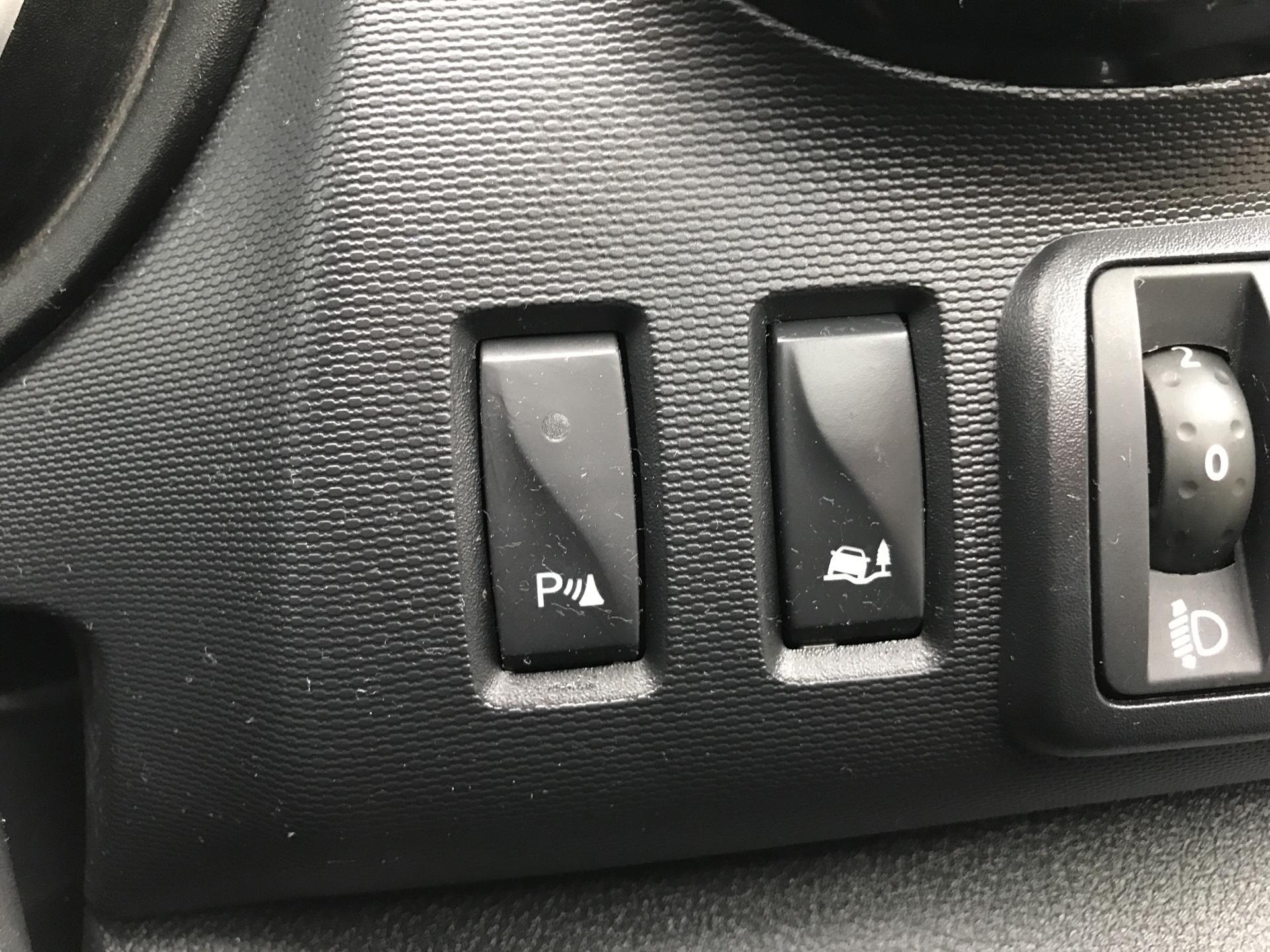 2017 Vauxhall Vivaro L1 H1 2700 1.6 CDTI 120PS SPORTIVE EURO 6 (ND17UNJ) Image 18