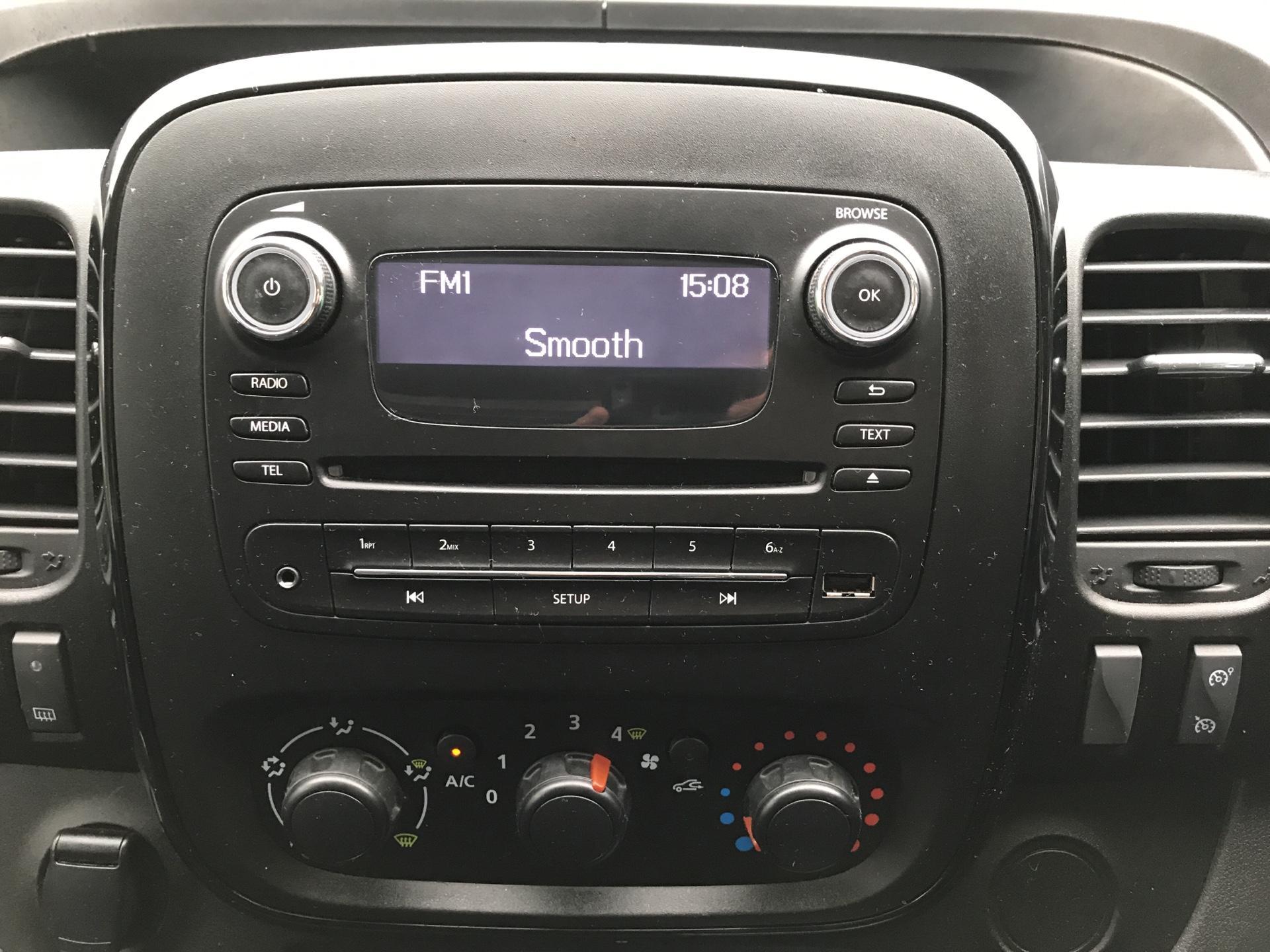 2017 Vauxhall Vivaro L1 H1 2700 1.6 CDTI 120PS SPORTIVE EURO 6 (ND17UNJ) Image 10