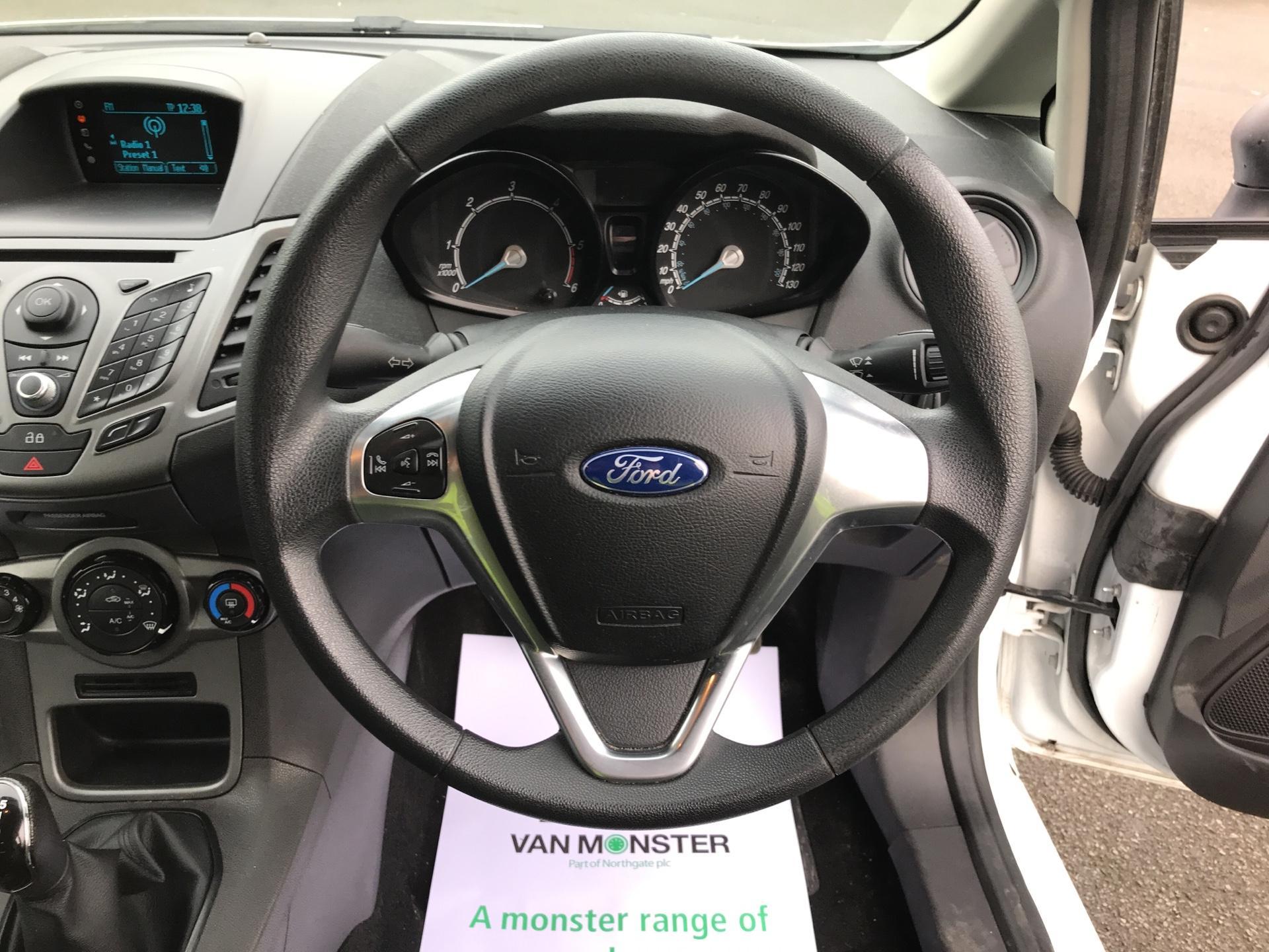 2014 Ford Fiesta  DIESEL 1.5 TDCI VAN EURO 5 AIR CON (ND64EDV) Image 12