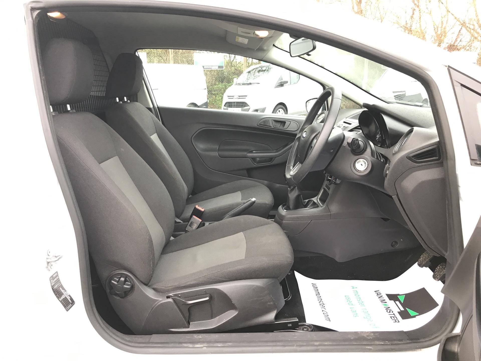 2014 Ford Fiesta  DIESEL 1.5 TDCI VAN EURO 5 AIR CON (ND64EDV) Image 9