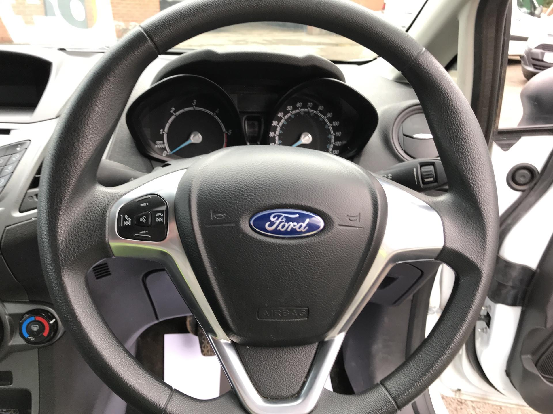 2014 Ford Fiesta  DIESEL 1.5 TDCI VAN EURO 5/6 (ND64EEY) Image 12