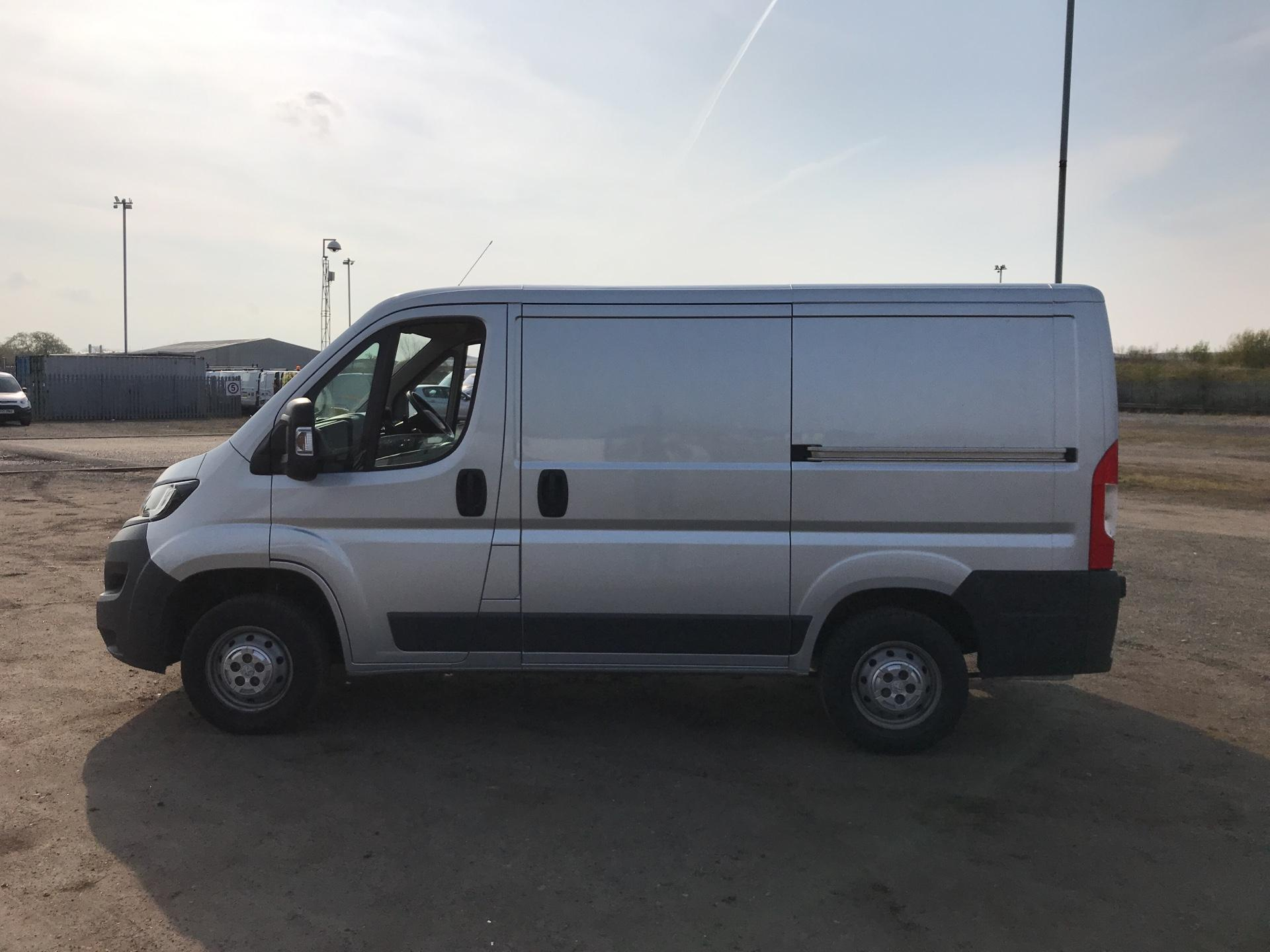 2016 Peugeot Boxer 2.0 Bluehdi H1  Professional Van 110Ps *VALUE RANGE VEHICLE CONDITION REFLECTED IN PRICE* (NG16NMO) Image 6