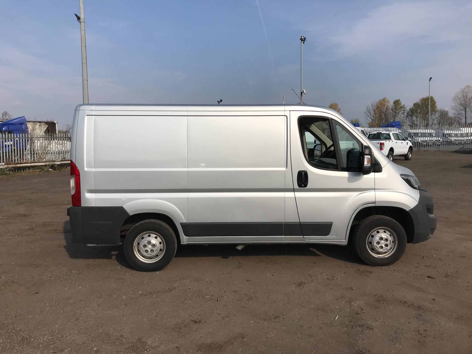 2016 Peugeot Boxer 2.0 Bluehdi H1  Professional Van 110Ps *VALUE RANGE VEHICLE CONDITION REFLECTED IN PRICE* (NG16NMO) Image 2