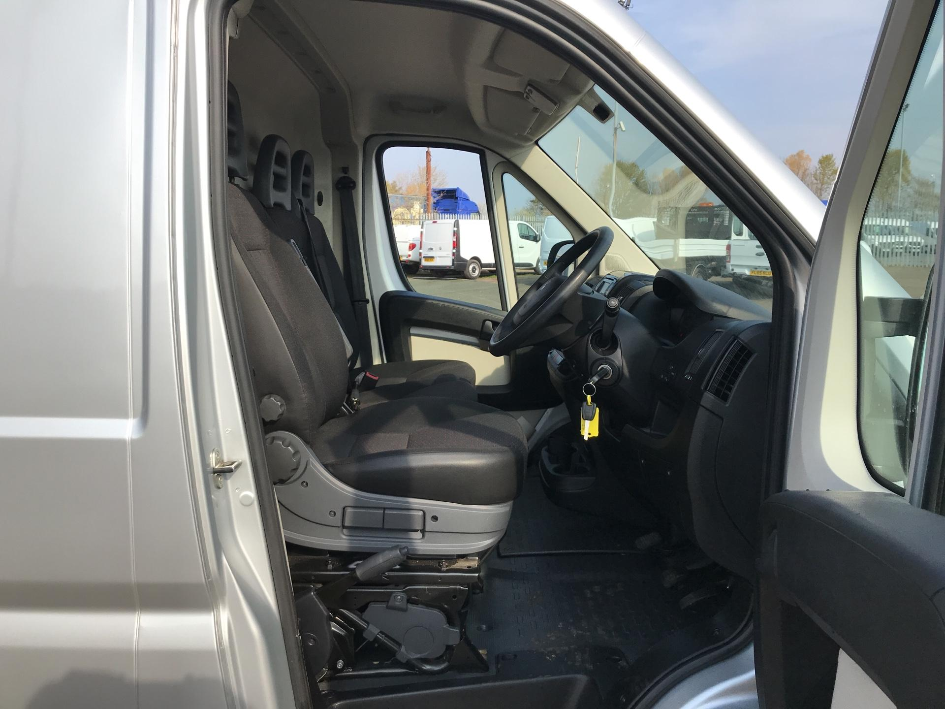 2016 Peugeot Boxer 2.0 Bluehdi H1  Professional Van 110Ps *VALUE RANGE VEHICLE CONDITION REFLECTED IN PRICE* (NG16NMO) Image 9