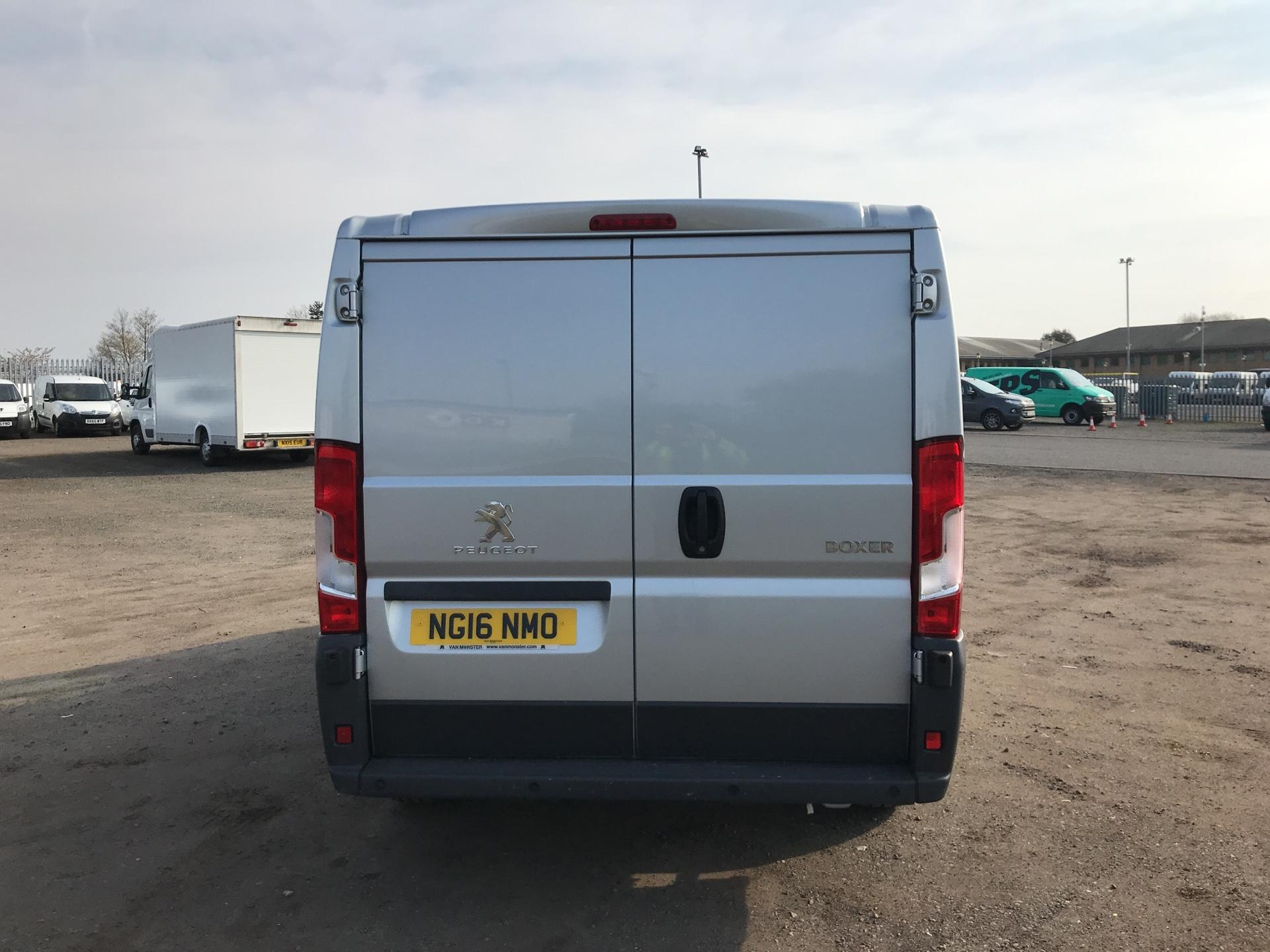 2016 Peugeot Boxer 2.0 Bluehdi H1  Professional Van 110Ps *VALUE RANGE VEHICLE CONDITION REFLECTED IN PRICE* (NG16NMO) Image 4