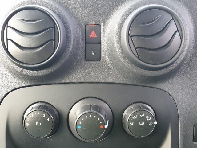 2016 Mercedes-Benz Citan LWB 109 CDI VAN EURO 6 (NG16WCA) Image 19