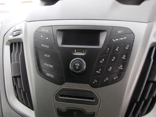 2015 Ford Transit Custom 290 L1 DIESEL FWD 2.2  TDCI 100PS LOW ROOF VAN EURO 5 (NG64JXH) Image 22