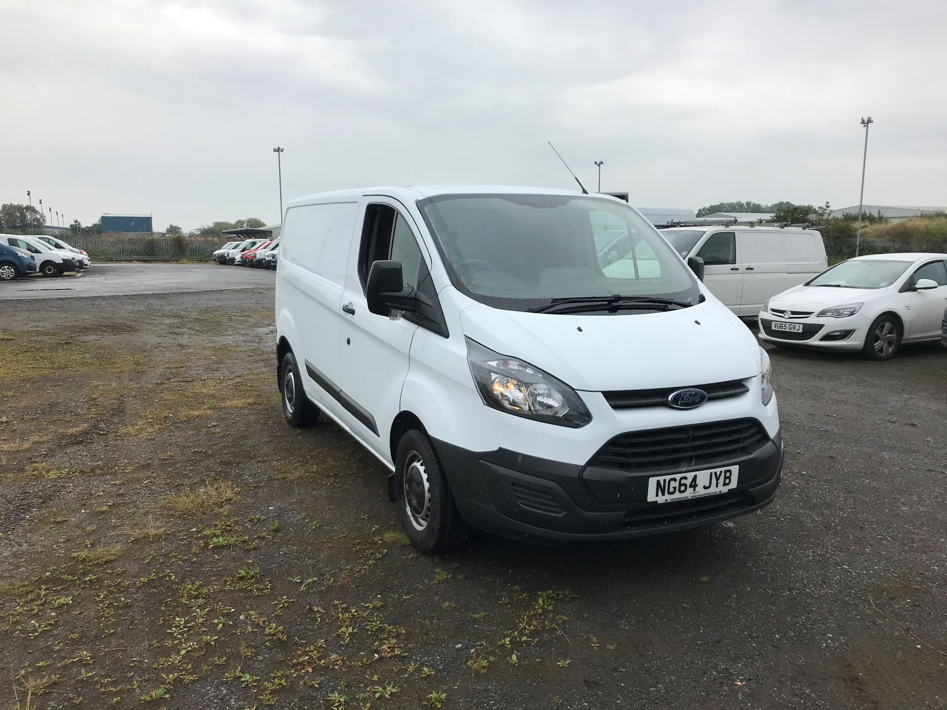 2015 Ford Transit Custom 290 L1 DIESEL FWD 2.2  TDCI 100PS LOW ROOF VAN EURO 5 (NG64JYB)