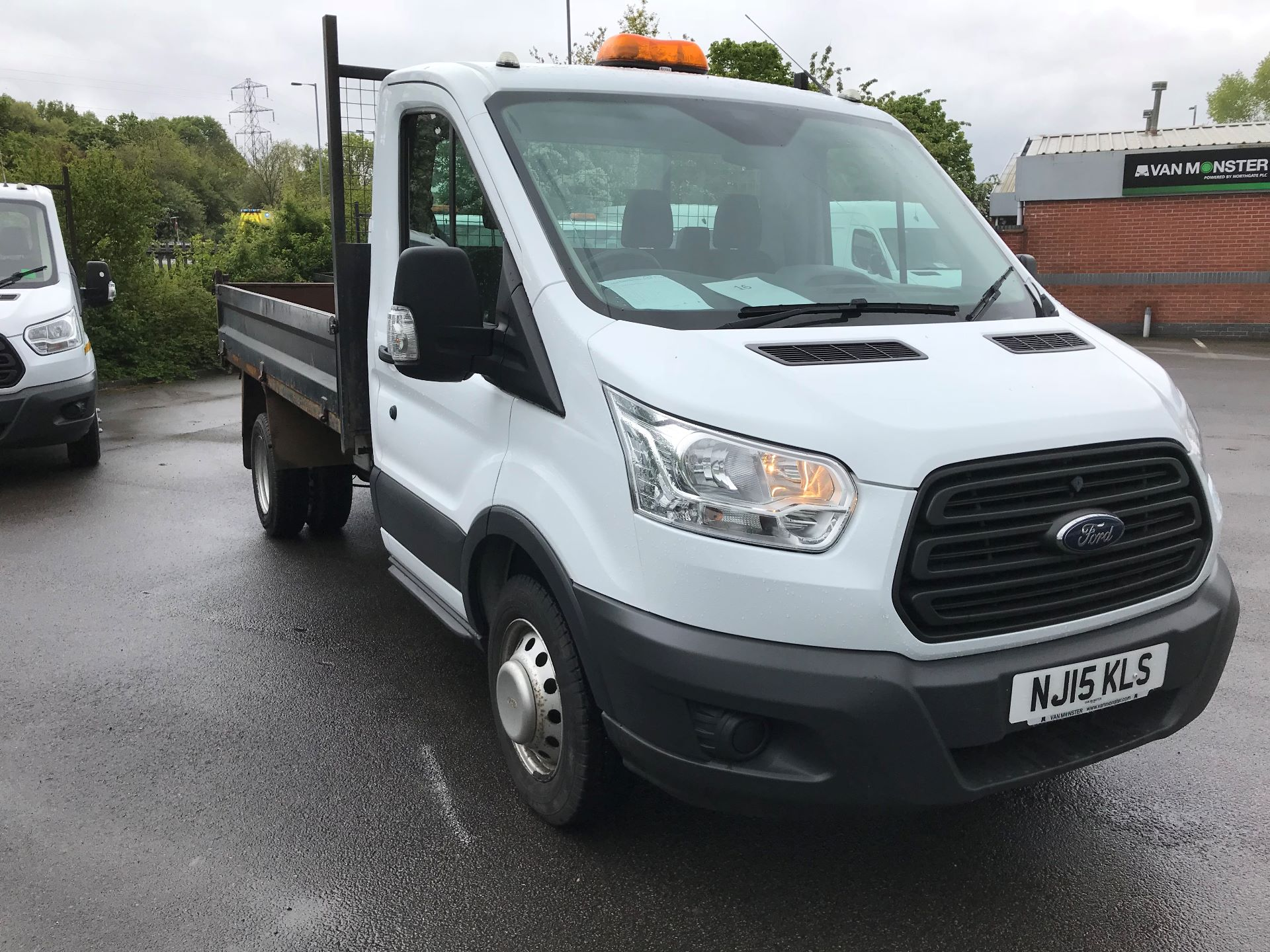 2015 Ford Transit 350 L2 SINGLE CAB TIPPER 100PS EURO 5 (NJ15KLS)