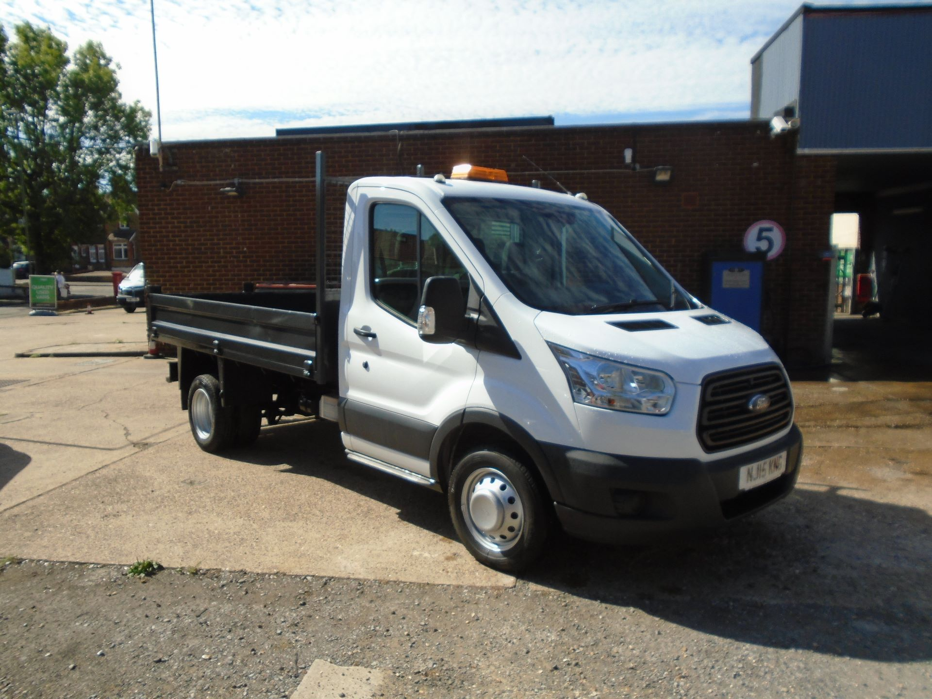 2015 Ford Transit 2.2 Tdci 125Ps Chassis Cab Euro5 (NJ15KNG)