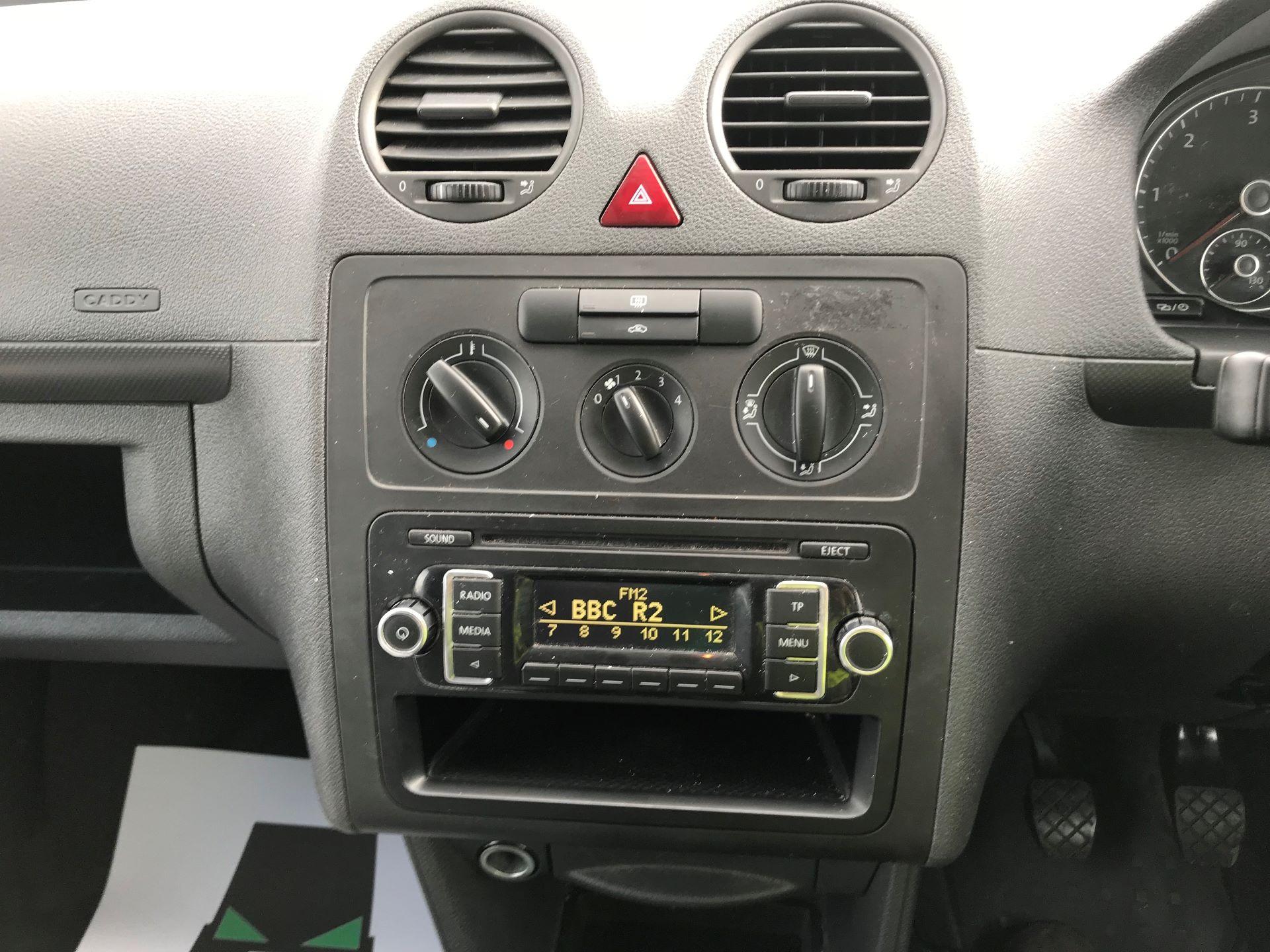 2014 Volkswagen Caddy  1.6 75PS STARTLINE EURO 5 (NJ64EWW) Image 19