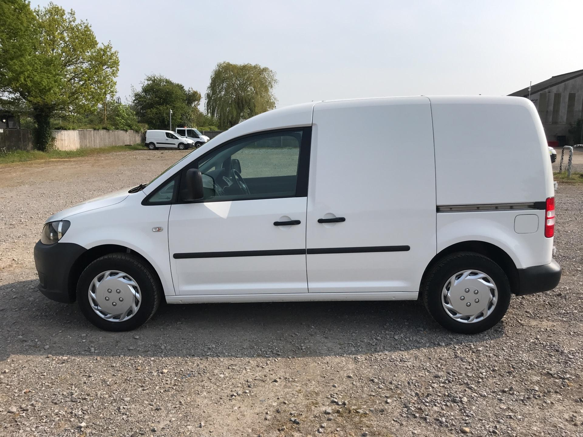 2014 Volkswagen Caddy 1.6 75PS STARTLINE EURO 5 (NJ64EWY) Image 6