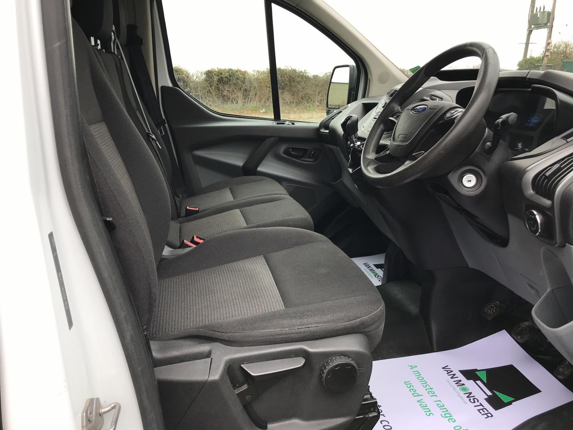 2014 Ford Transit Custom 290 L1 DIESEL FWD 2.2 TDCI 100PS LOW ROOF EURO 5 (NJ64MJO) Image 9
