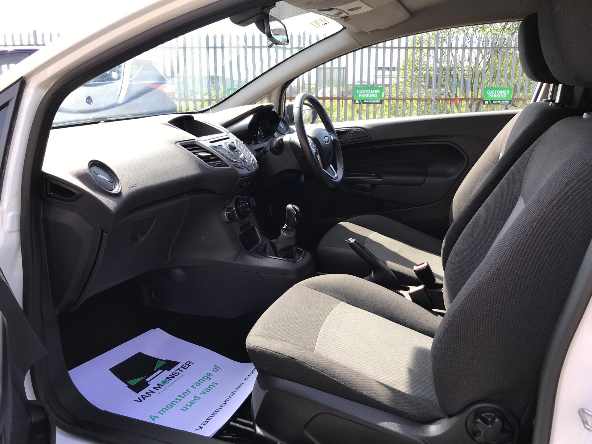 2014 Ford Fiesta 1.5TDCI VAN, AIR CON (NJ64MYX) Image 14