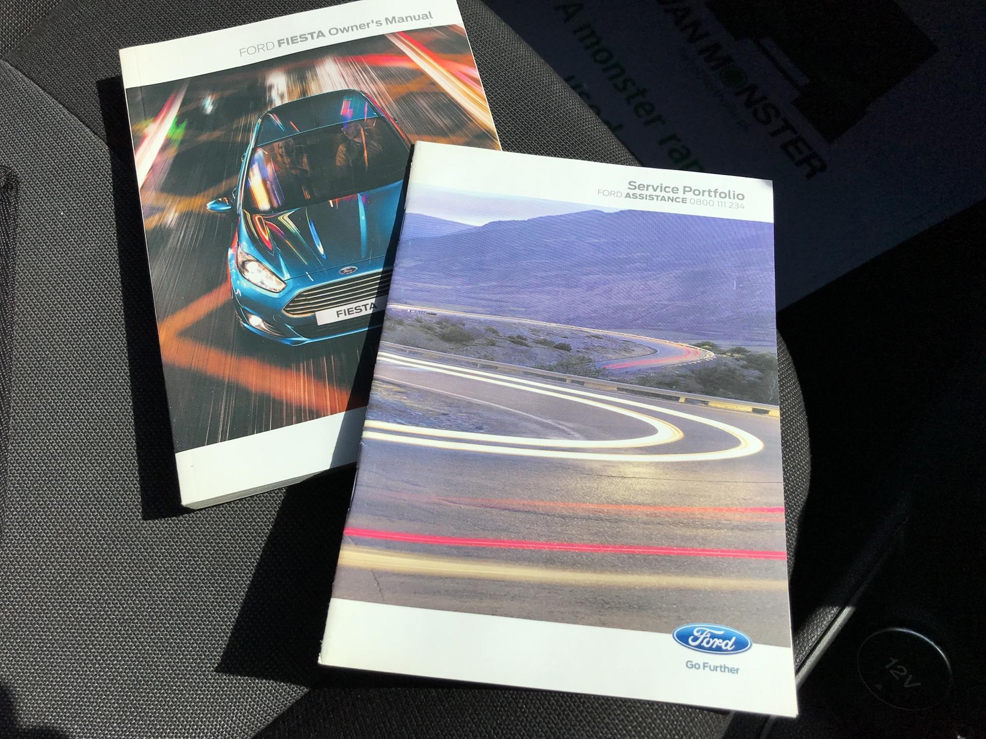 2014 Ford Fiesta 1.5TDCI VAN, AIR CON (NJ64MYX) Image 27