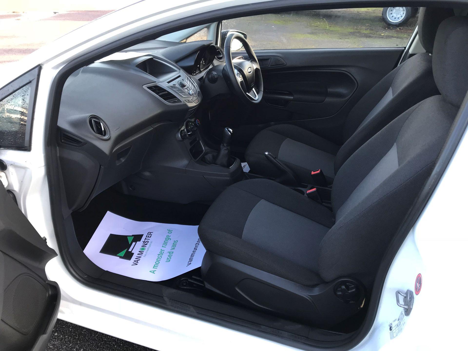 2014 Ford Fiesta  DIESEL 1.5 TDCI VAN EURO 5 (NJ64VUB) Image 18