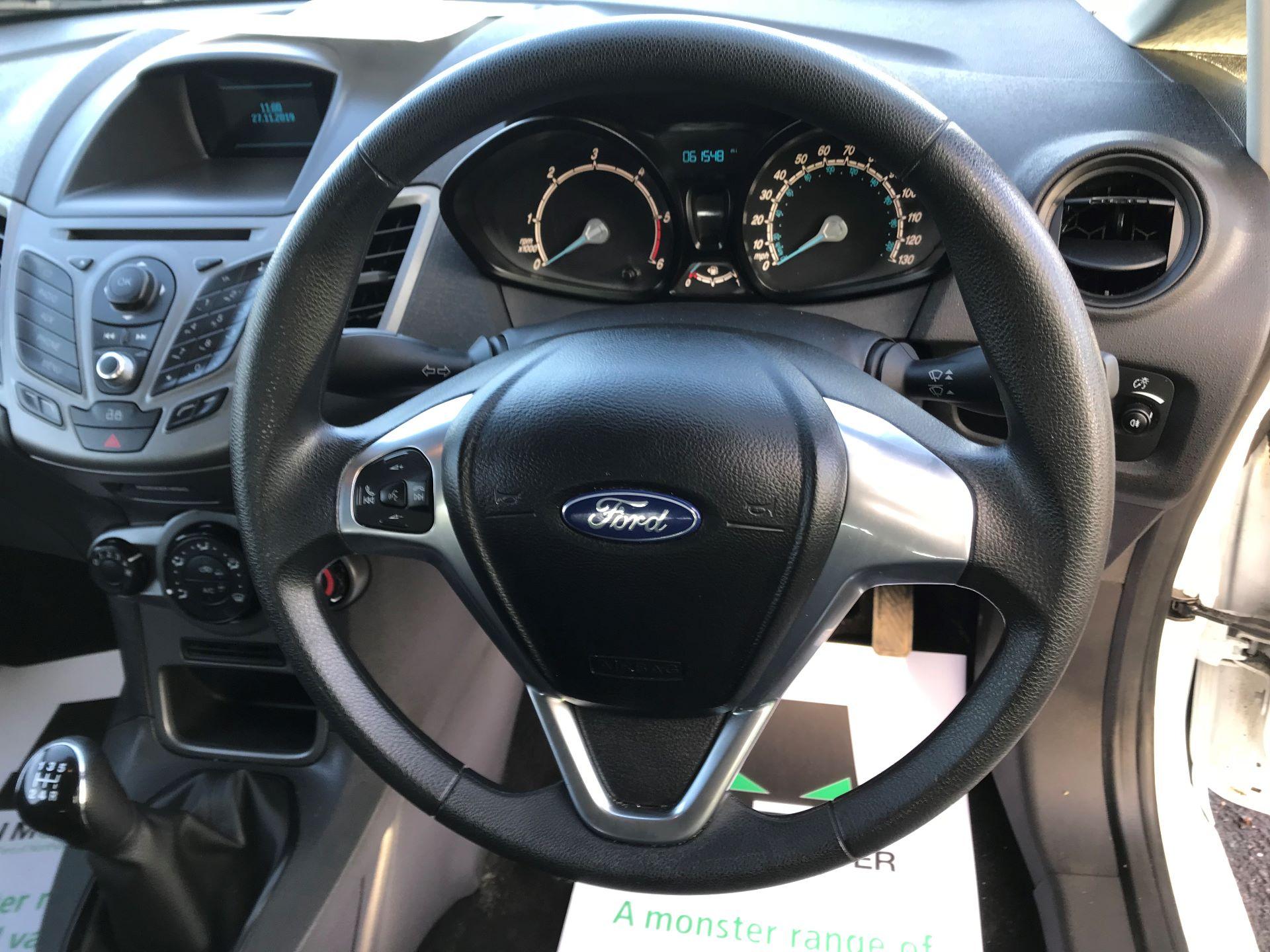 2014 Ford Fiesta  DIESEL 1.5 TDCI VAN EURO 5 (NJ64VUB) Image 21