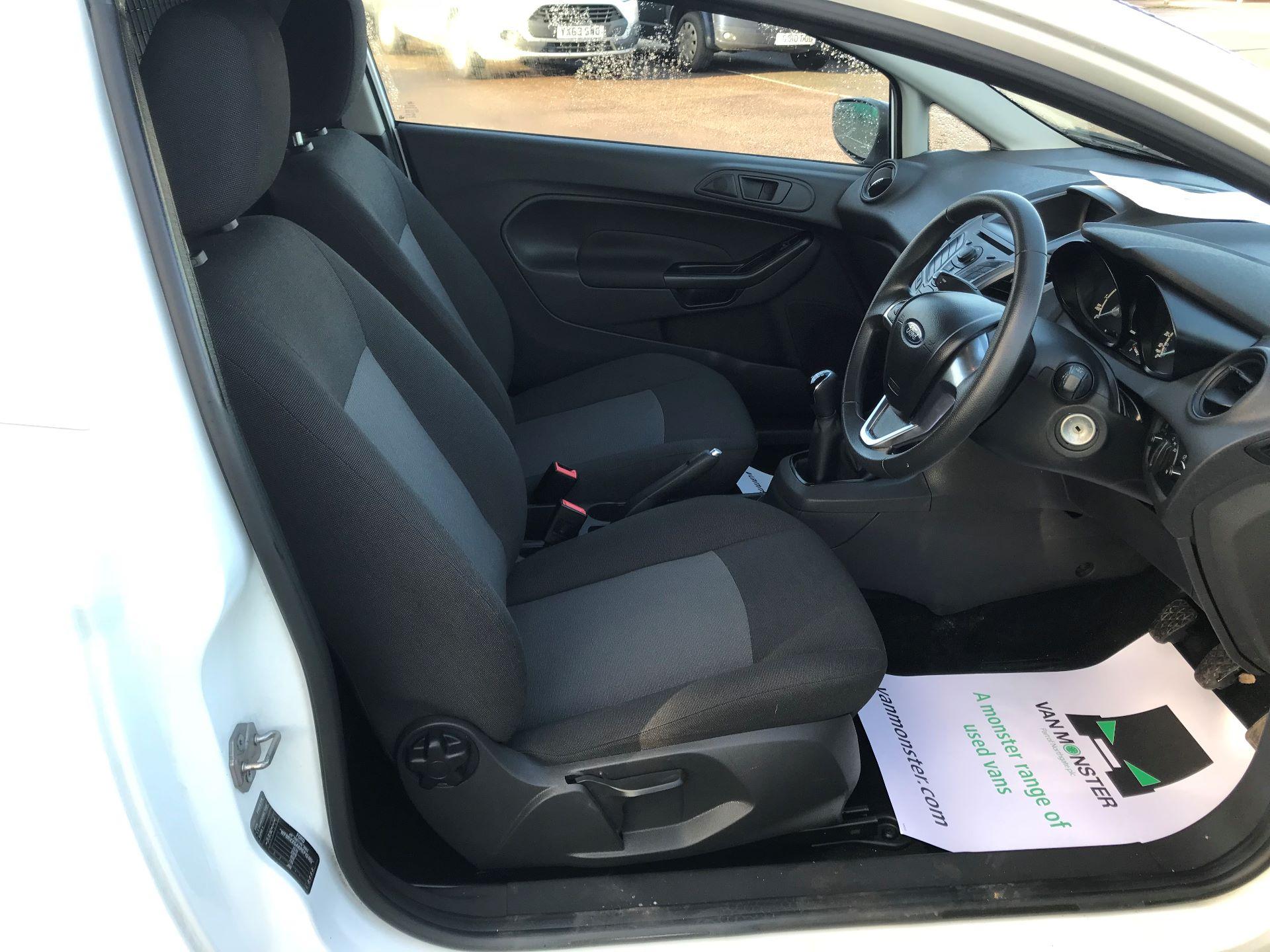 2014 Ford Fiesta  DIESEL 1.5 TDCI VAN EURO 5 (NJ64VUB) Image 20