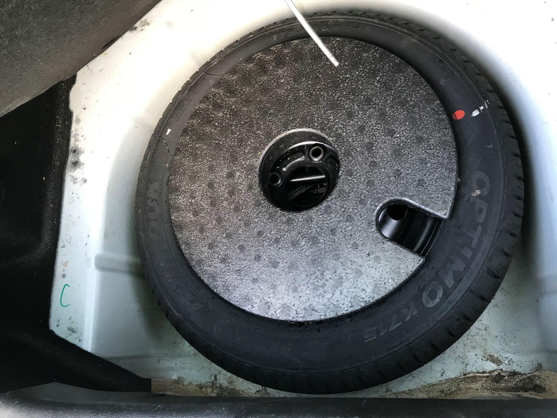 2014 Ford Fiesta  DIESEL 1.5 TDCI VAN EURO 5 (NJ64VUB) Image 17