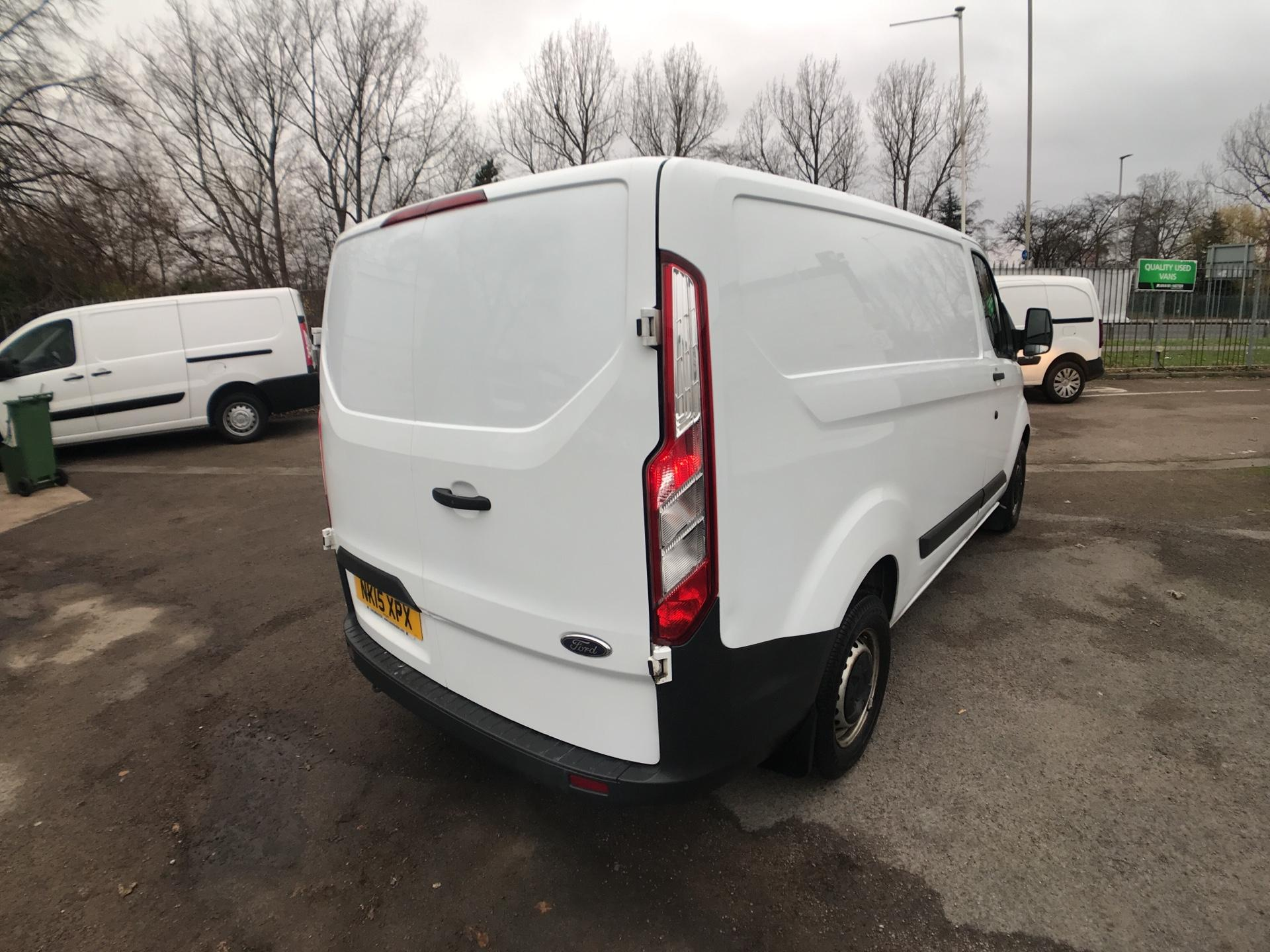 2015 Ford Transit Custom 290 L1 DIESEL FWD 2.2  TDCI 100PS LOW ROOF VAN EURO 5  (NK15XPX) Image 3