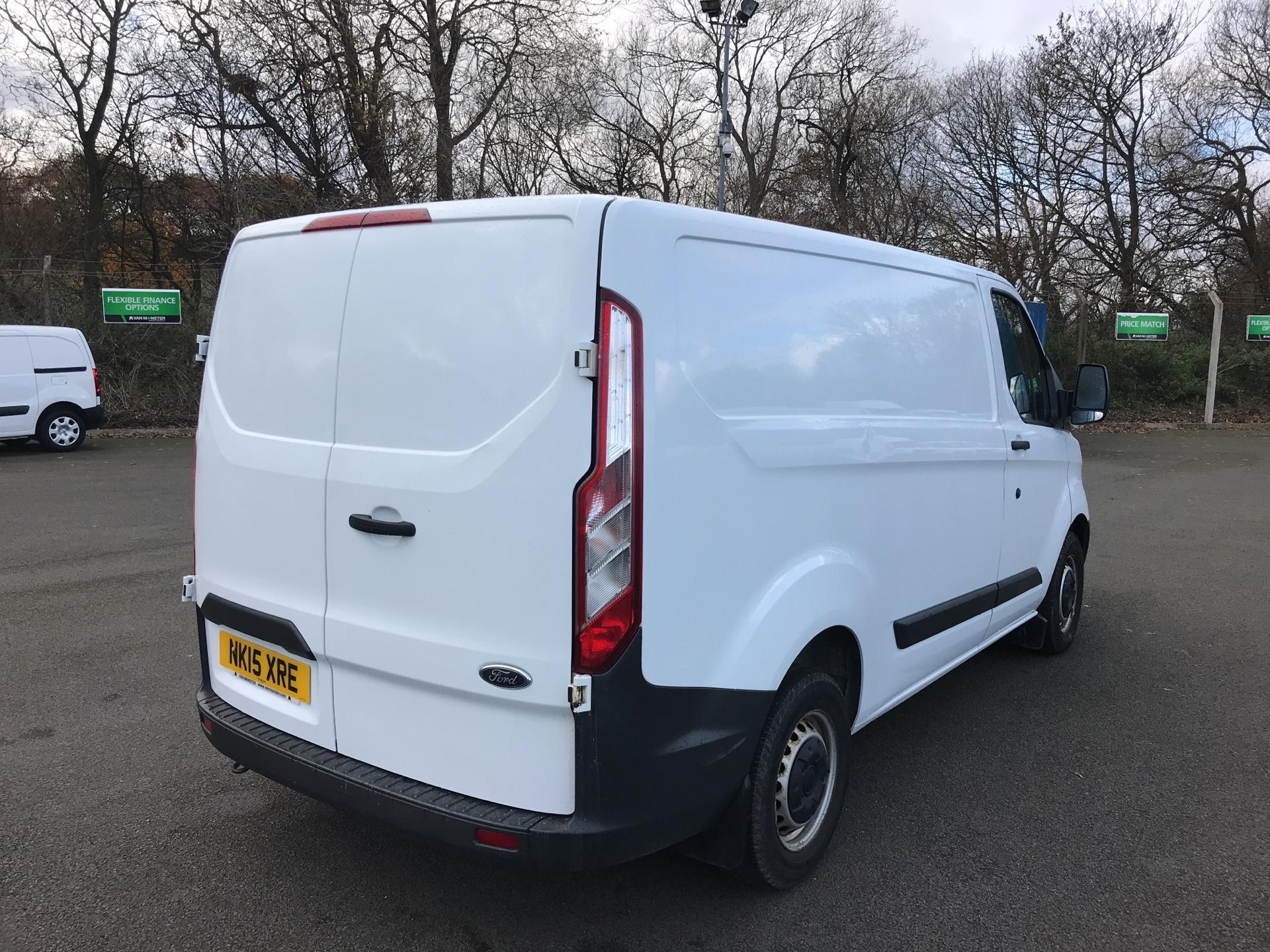 2015 Ford Transit Custom 290 L1 DIESEL FWD 2.2  TDCI 100PS LOW ROOF VAN EURO 5 *VALUE RANGE VEHICLE - CONDITION REFLECTED IN PRICE* (NK15XRE) Image 3