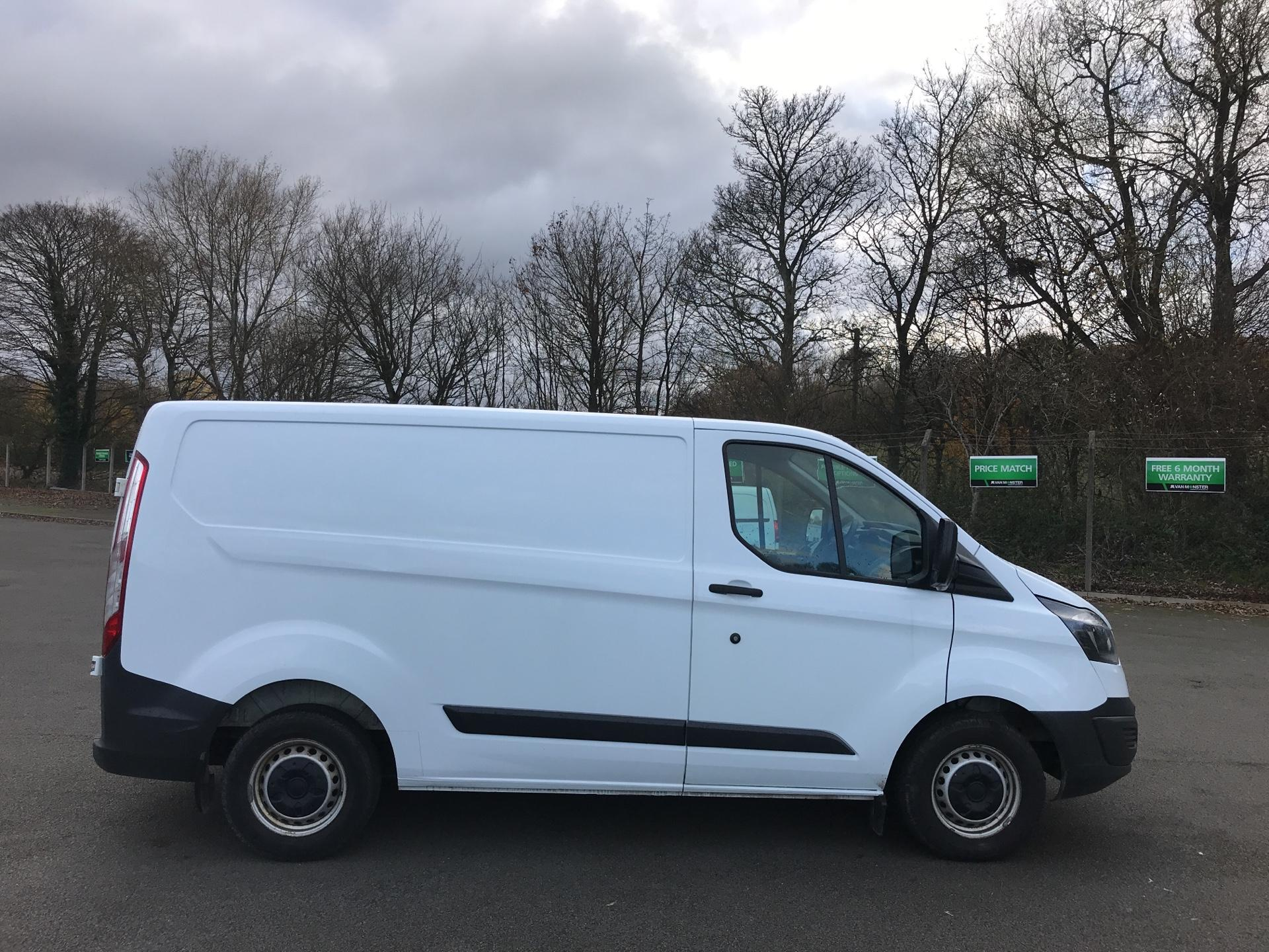 2015 Ford Transit Custom 290 L1 DIESEL FWD 2.2  TDCI 100PS LOW ROOF VAN EURO 5 *VALUE RANGE VEHICLE - CONDITION REFLECTED IN PRICE* (NK15XRE) Image 2