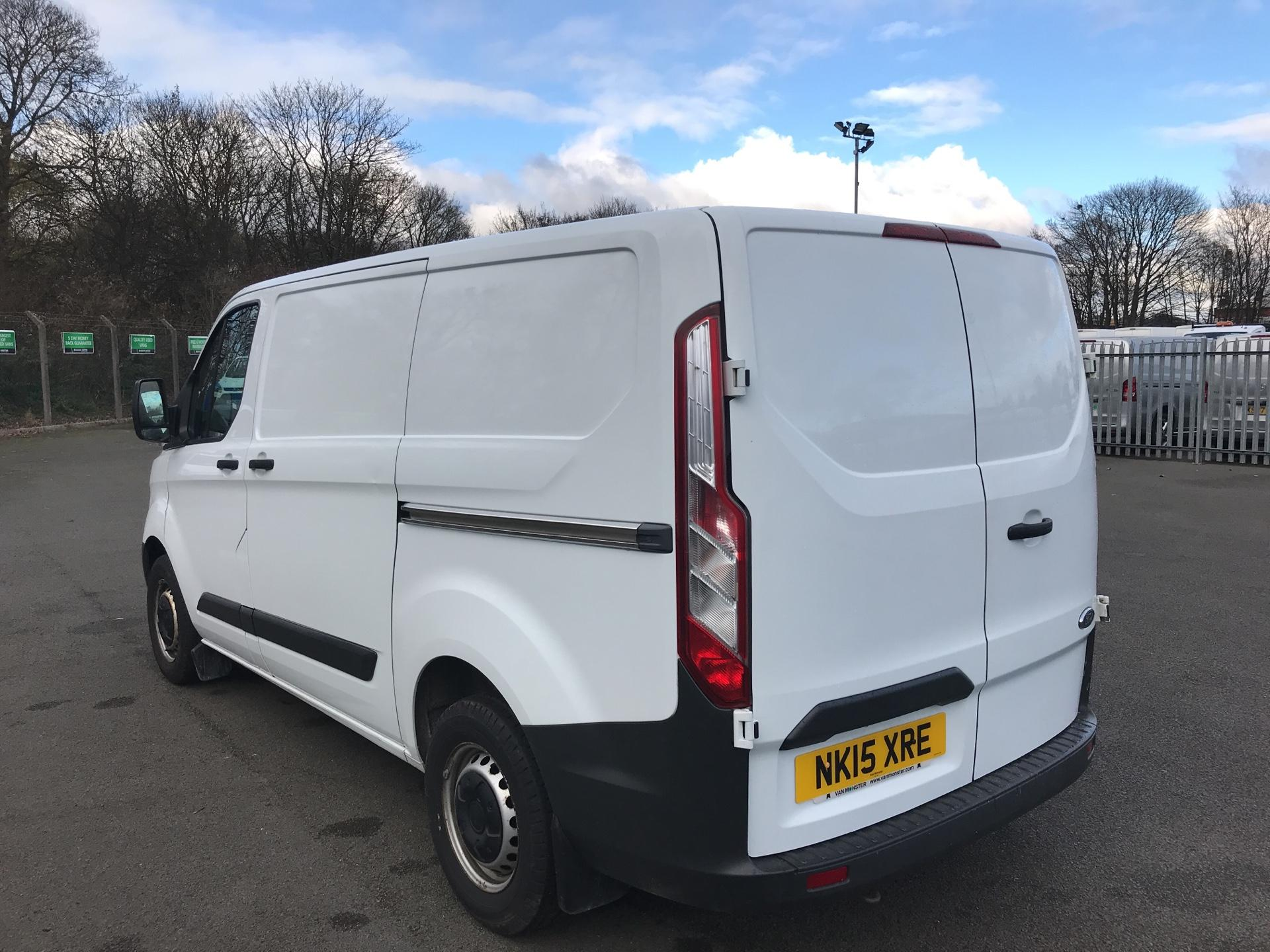 2015 Ford Transit Custom 290 L1 DIESEL FWD 2.2  TDCI 100PS LOW ROOF VAN EURO 5 *VALUE RANGE VEHICLE - CONDITION REFLECTED IN PRICE* (NK15XRE) Image 5