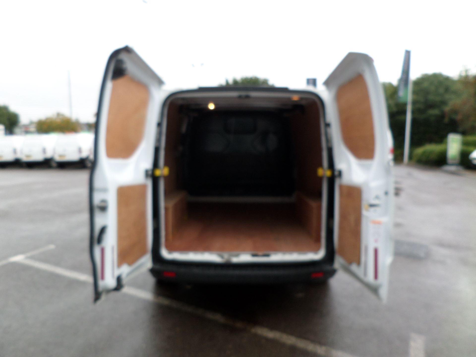 2014 Ford Transit Custom 290 L1 DIESEL FWD 2.2  TDCI 100PS LOW ROOF VAN EURO 5 (NK64YHN) Image 14
