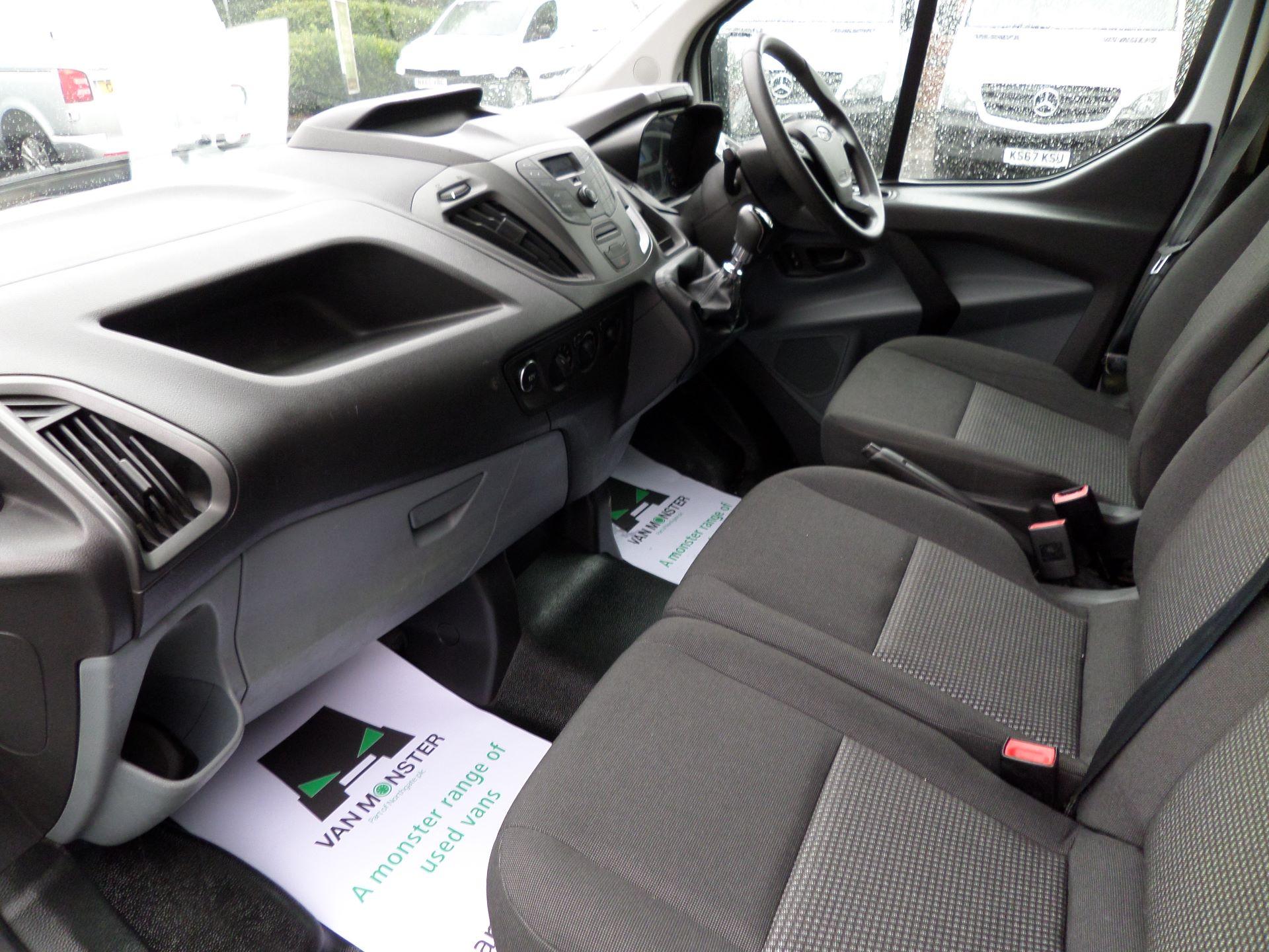 2014 Ford Transit Custom 290 L1 DIESEL FWD 2.2  TDCI 100PS LOW ROOF VAN EURO 5 (NK64YHN) Image 11