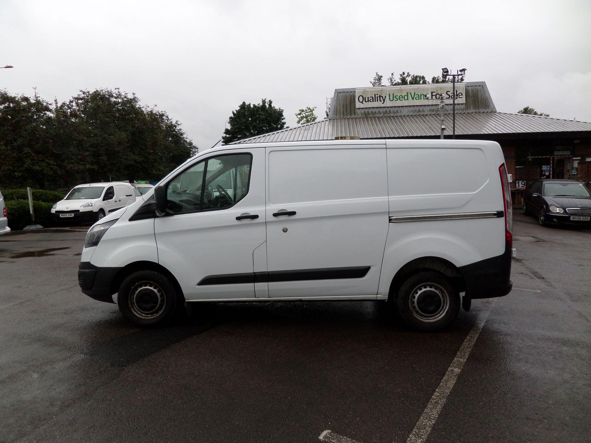 2014 Ford Transit Custom 290 L1 DIESEL FWD 2.2  TDCI 100PS LOW ROOF VAN EURO 5 (NK64YHN) Image 10