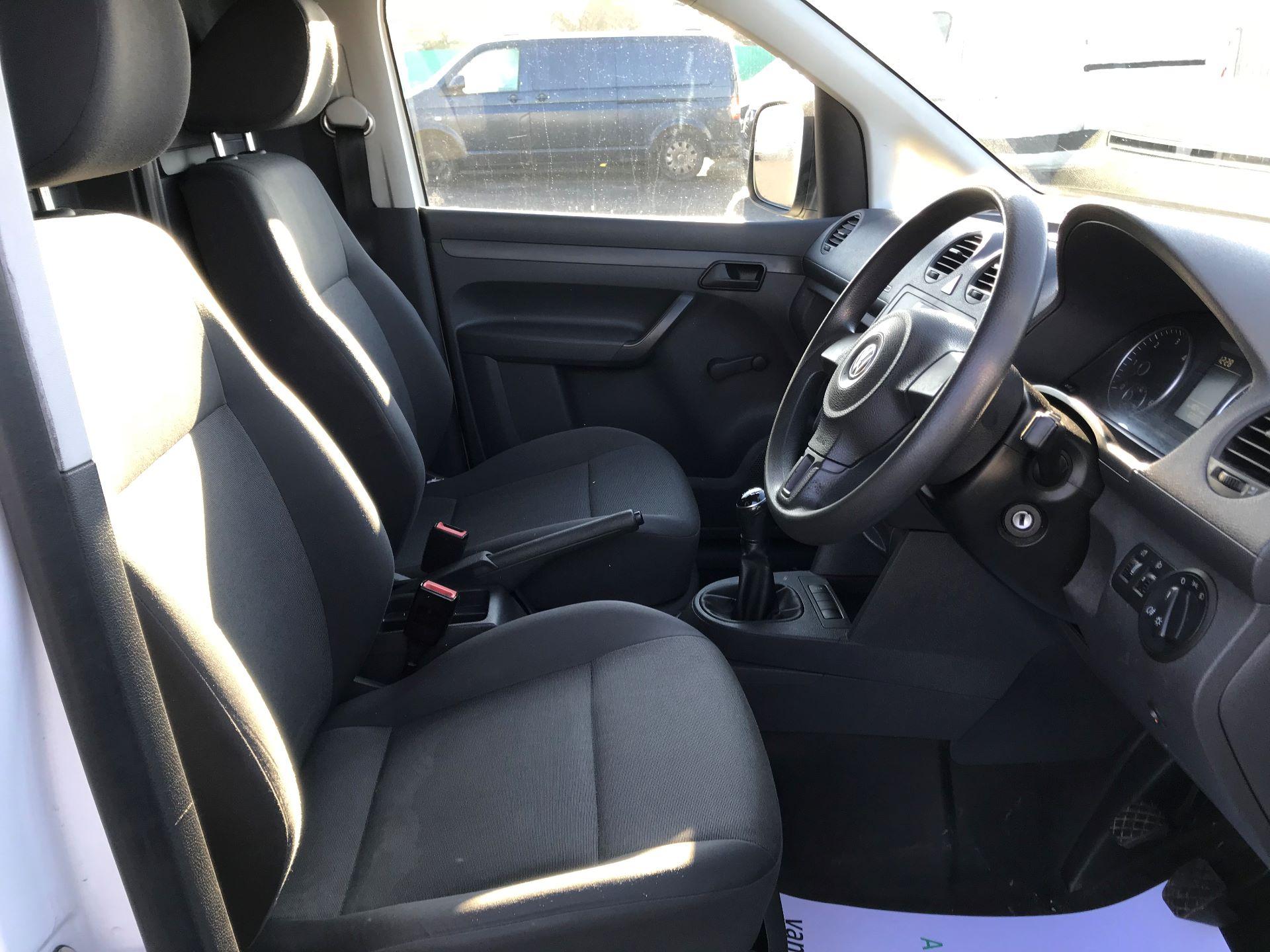 2014 Volkswagen Caddy  1.6 102PS Startline Euro 5 (NL64VFC) Image 21