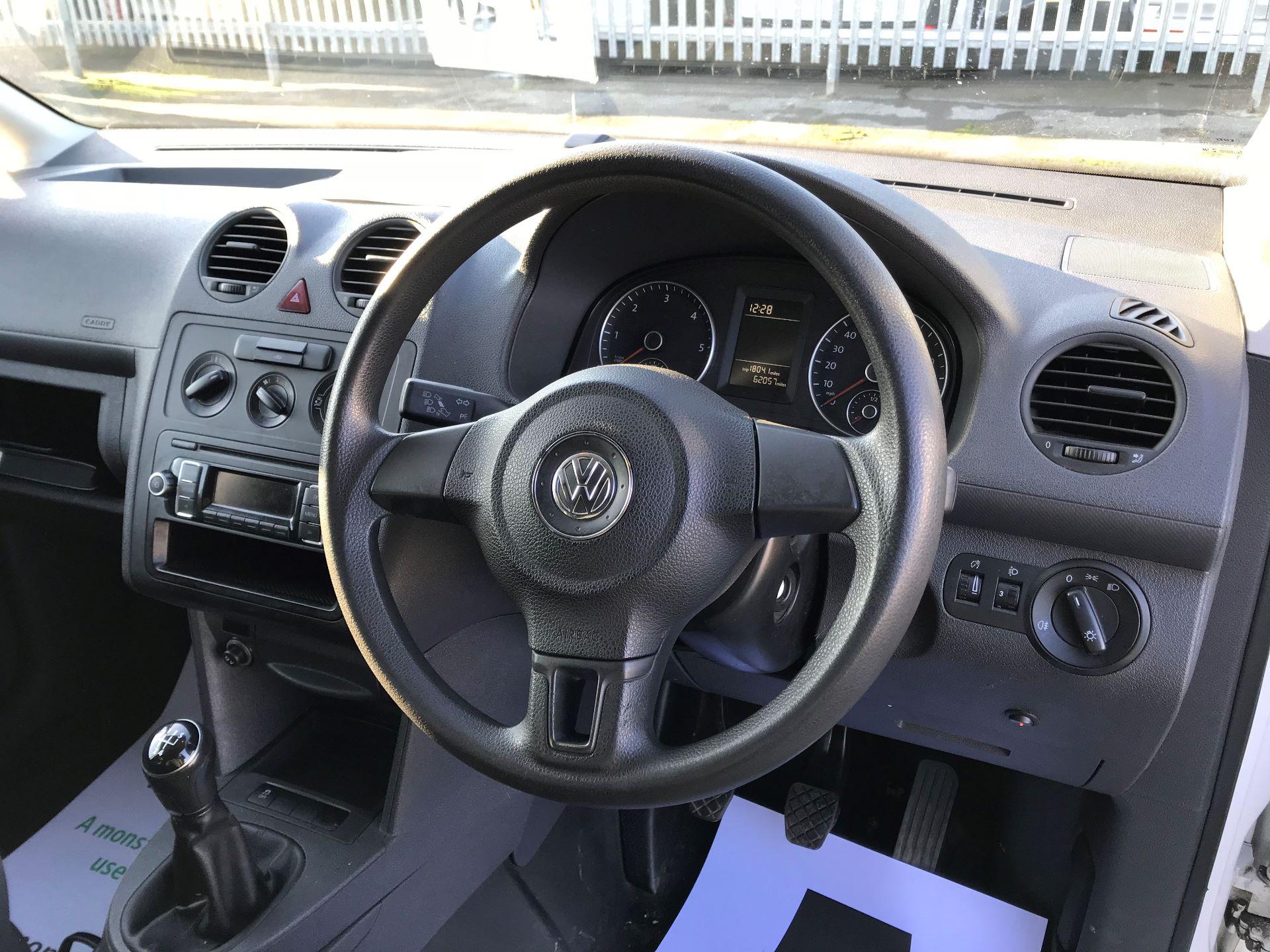 2014 Volkswagen Caddy  1.6 102PS Startline Euro 5 (NL64VFC) Image 22