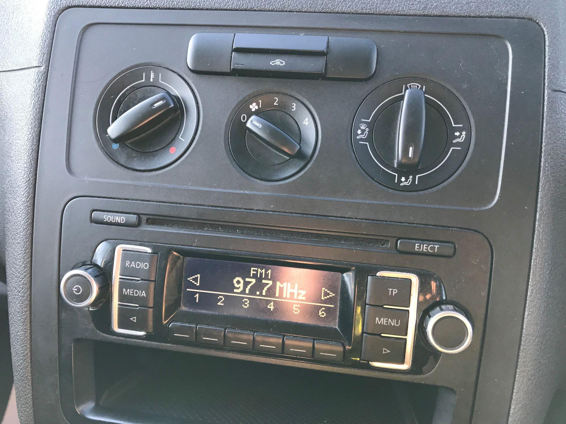 2014 Volkswagen Caddy  1.6 102PS Startline Euro 5 (NL64VFC) Image 24