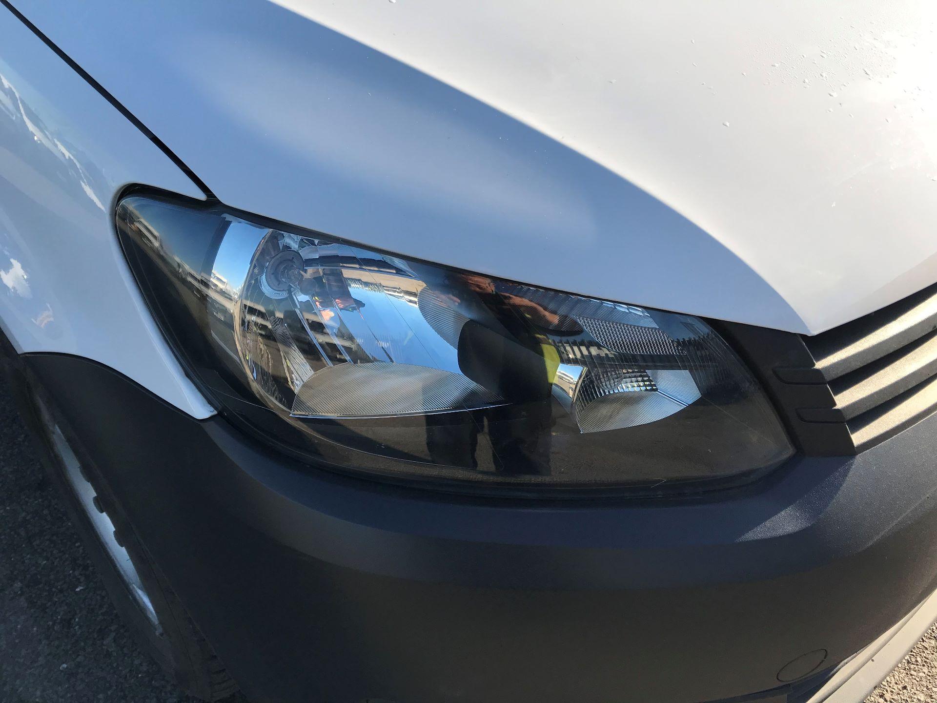 2014 Volkswagen Caddy  1.6 102PS Startline Euro 5 (NL64VFC) Image 15