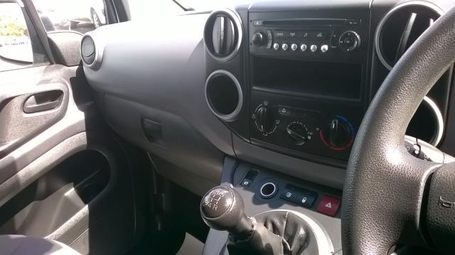 2014 Peugeot Partner L1 850 S 1.6 92PS (SLD) EURO 5 (NU14UDG) Image 24