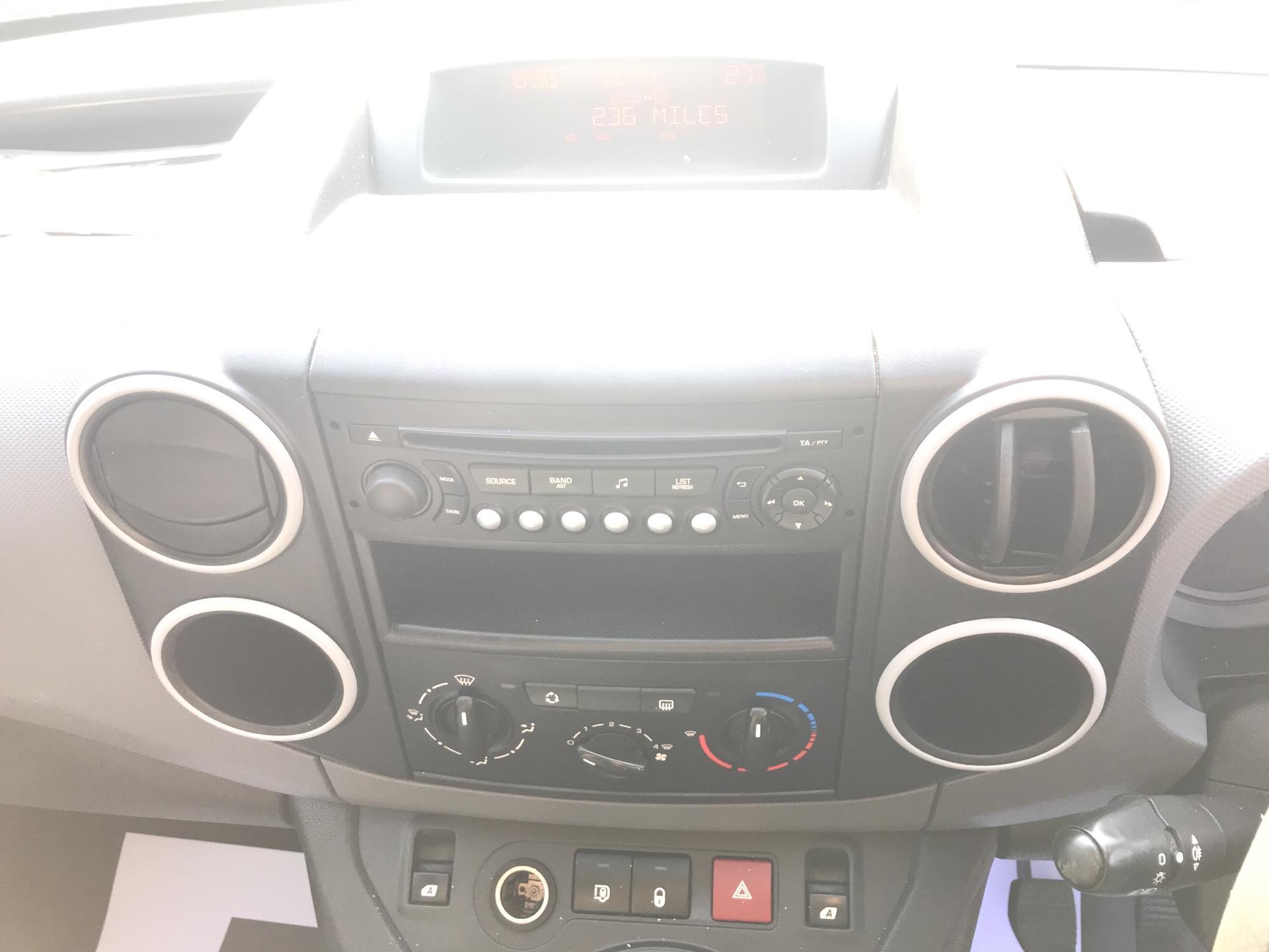 2014 Peugeot Partner  L2 716 1.6 92 CREW VAN EURO 5 (NU14VUS) Image 10