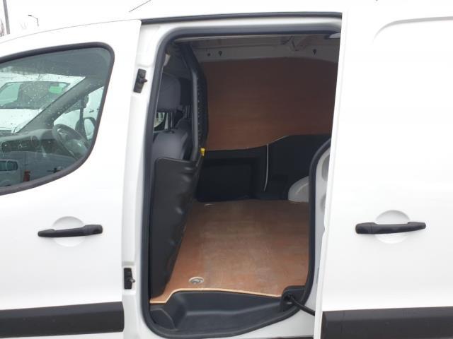 2015 Peugeot Partner L1 850 S 1.6 92PS (SLD) EURO 5 (NU15CGZ) Image 7