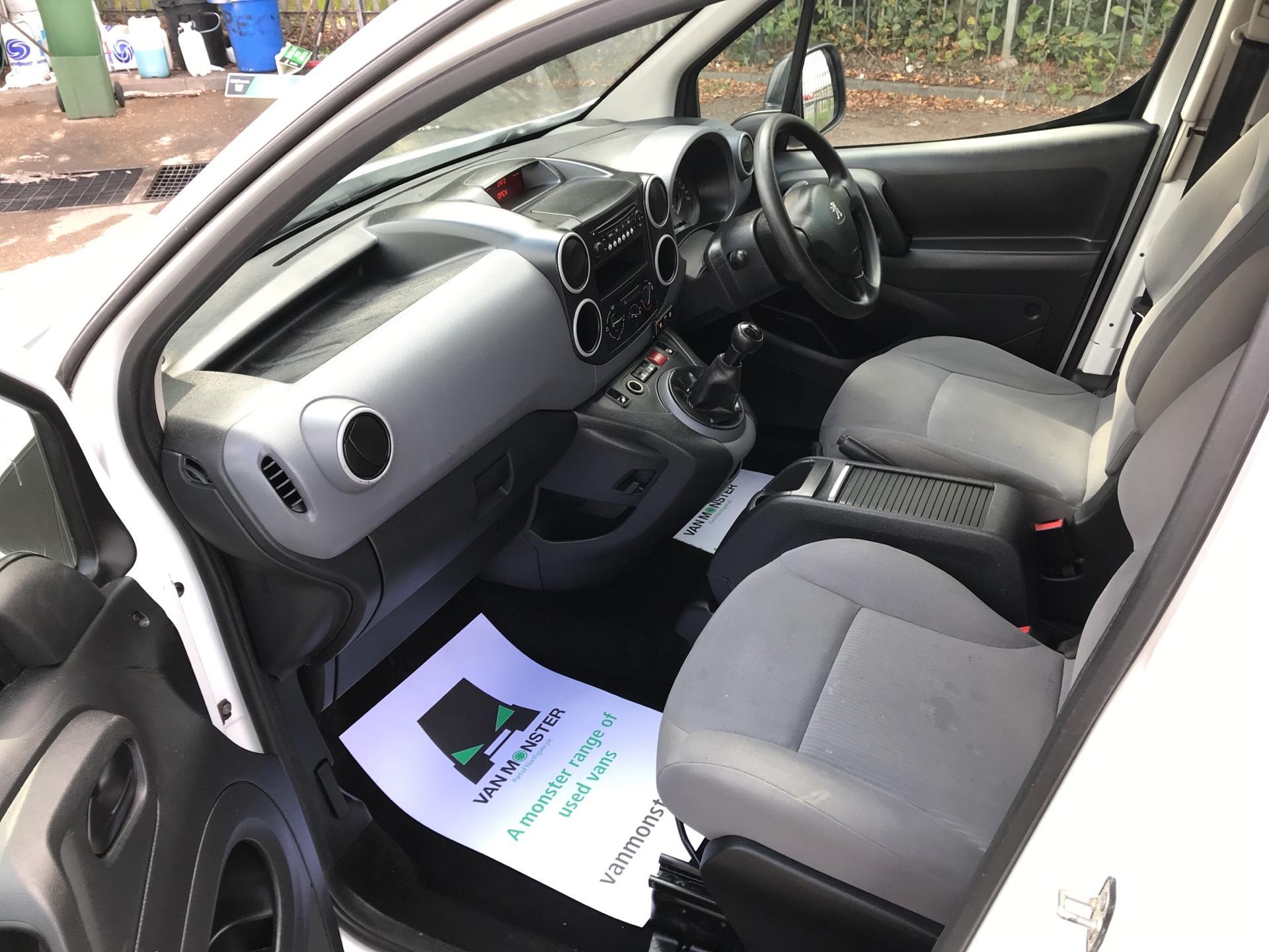 2015 Peugeot Partner L1 850 S 1.6 92PS (SLD) EURO 5 (NU15FHE) Image 14