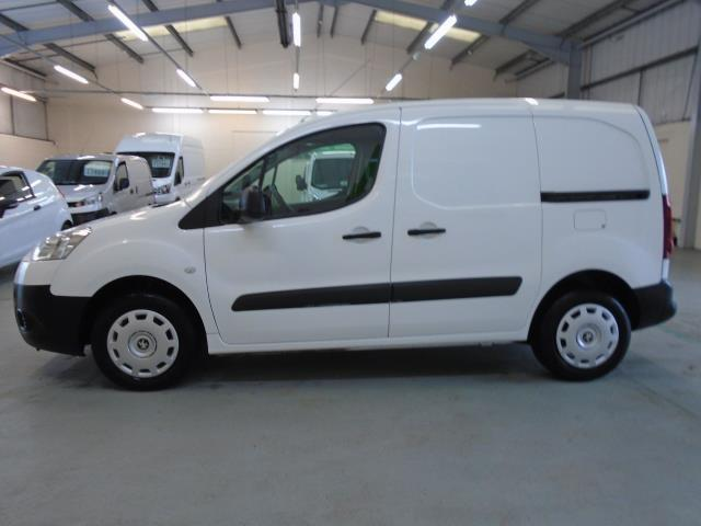 2015 Peugeot Partner 850 S 1.6 Hdi 92 Van [Sld] (NU15FHM) Image 12