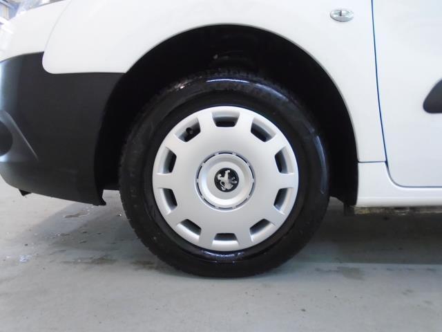 2015 Peugeot Partner 850 S 1.6 Hdi 92 Van [Sld] (NU15FHM) Image 16