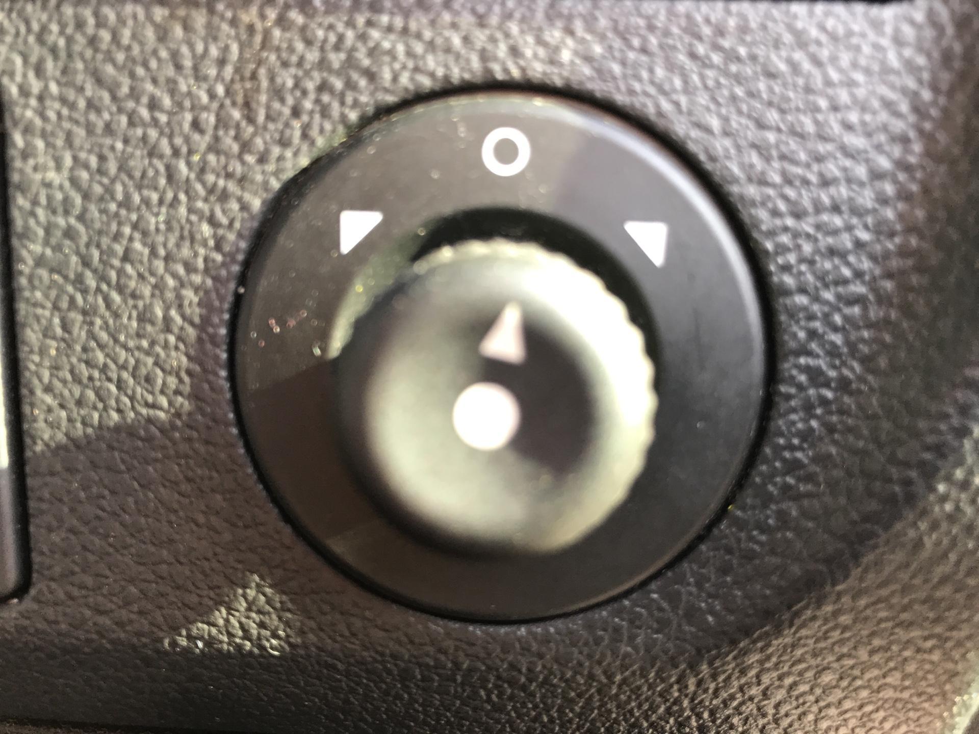 2015 Peugeot Partner L2 716 1.6 92 CREW VAN EURO 5 (NU15KUV) Image 19